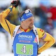 Zurück im Rampenlicht: Erik Lesser gewinnt bei der WM zusammen mit Franziska Preuß die Silbermedaille im Single Mixed.