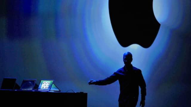 Auch wenn es hier fast so aussieht: Der Spion war nicht Apple-Chef Tim Cook.