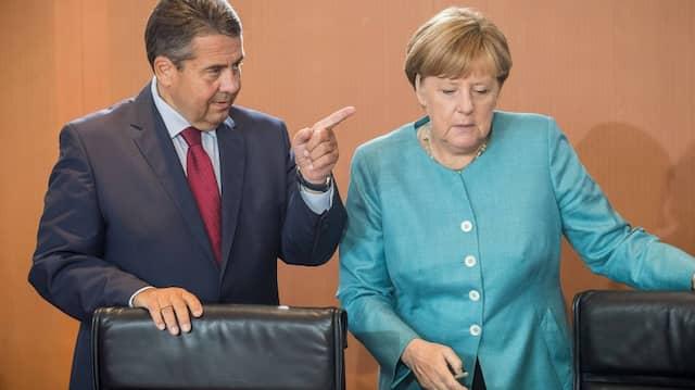 Bundestagswahl: Sigmar Gabriel wirft Merkel mehrfachen Wortbruch vor