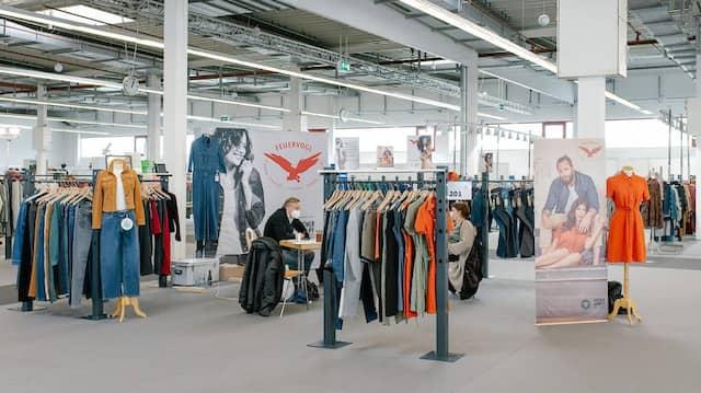 Luftig: Im Messecenter in Hofheim wird Naturmode präsentiert.