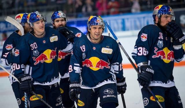 Zum dritten Mal in Serie holt der EHC Red Bull München die Meisterschaft an die Isar.