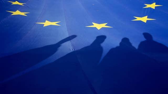 Hinter Europa steckt mehr als eine wirtschaftliche Interessengemeinschaft – Nur in gemeinsam verantworteter europäischer Politik liegt eine Chance.