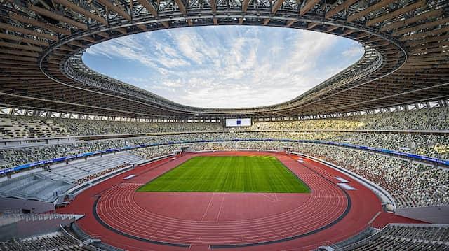 Ein Bild, an das sich Sportfans erstmal gewöhnen müssen: das menschenleere Olympiastadion in Tokio
