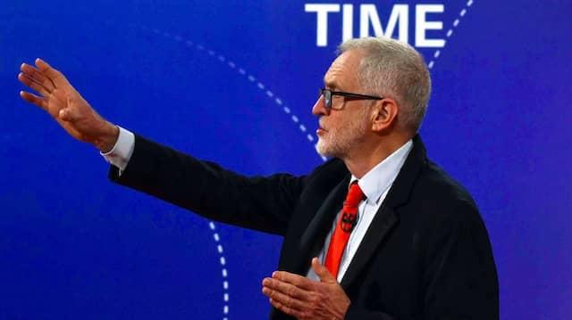 Der Chef der britischen Labour-Partei, Jeremy Corbyn, beantwortet Fragen während einer TV-Debatte in der BBC.