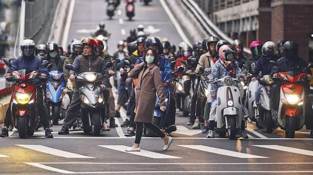 Rush Hour in der taiwanesischen Hauptstadt Taipeh am 17. März 2020