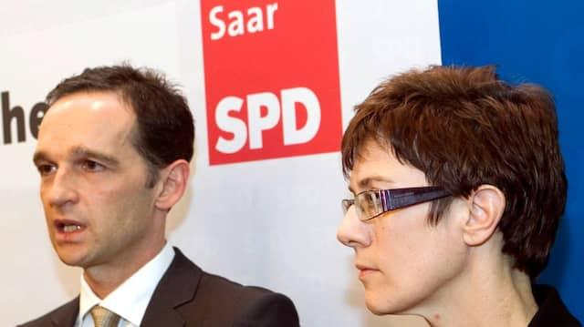 Aneinander gekettet - vermutlich auch nach Neuwahlen: Ministerpräsidentin Kramp-Karrenbauer, SPD-Vorsitzender Heiko Maas