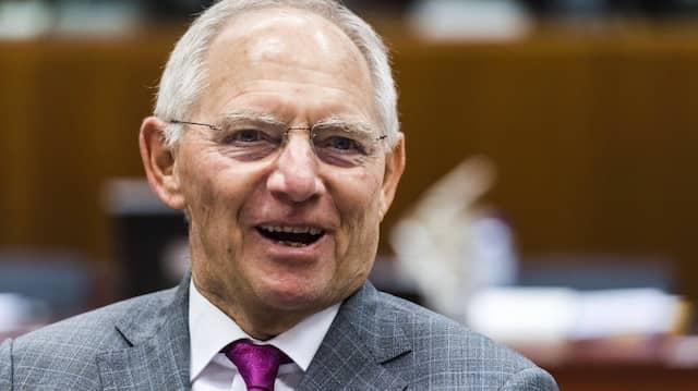 Wolfgang Schäuble rechnet mit steigenden Zinsen