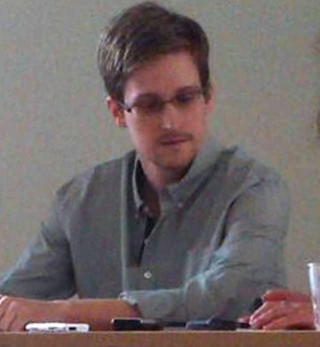 Edward Snowden auf dem Moskauer Flughafen Scheremetjewo
