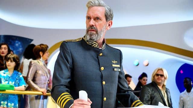 """Beim Klabautermann: Hugh Laurie muss als Kapitän Ryan Clark beweisen, dass es keinen besseren am Ruder der """"Avenue 5"""" gibt."""