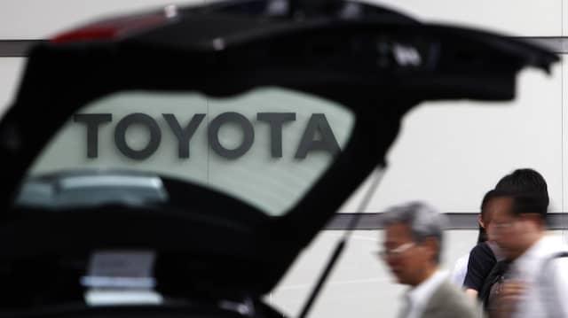 Toyota will abwarten, bis der designierte amerikanische Präsident Trump seine Politik konkretisiert.