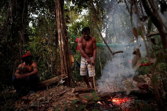 Guajajara-Indianer in einem provisorischen Lager nahe Amarante
