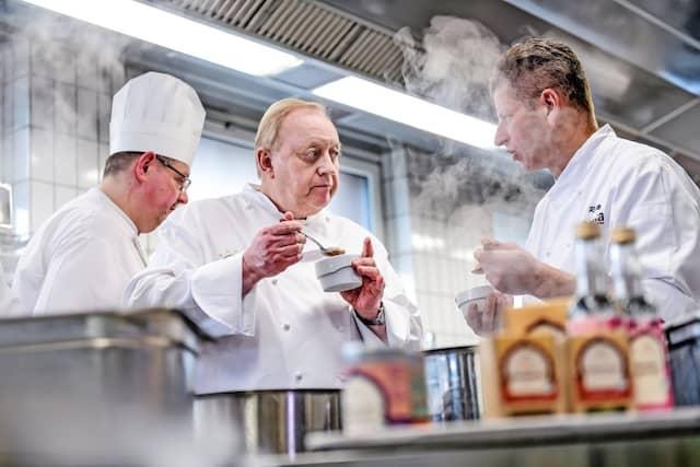 In der Küche mit Sternekoch Ralf Meyer