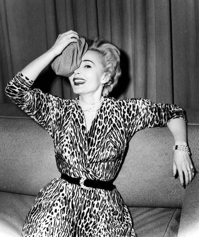 Zsa Zsa Gabor 1953 in Las Vegas: Der weibliche Kampf um männliche Privilegien begann als Kampf um die Hose.
