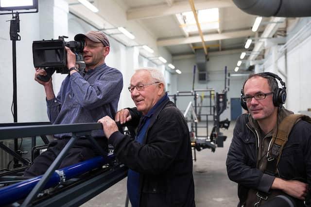 Seit 20 Jahren ein Team: Armin Maiwald mit Kameramann Kai von Westermann.