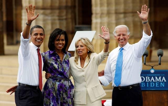 Obama und Biden mit ihren Frauen Michelle und Jill im Wahlkampf 2008