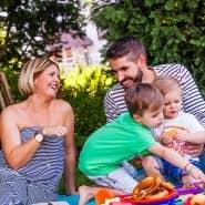 Beruflichen Stress kompensieren Viele durch Freizeit und schöne Erlebnisse mit der Familie (Archivbild).