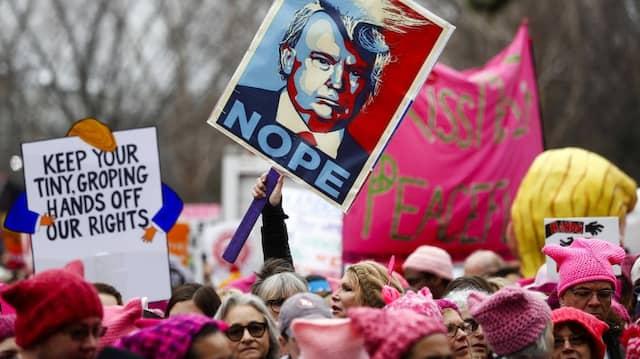 Frauen demonstrieren kurz nach Donald Trumps Amtseinführung im Januar 2017 in Washington
