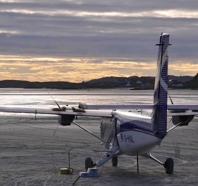 Größere Maschine als Twin Otter können hier wegen des Gewichts nicht landen.