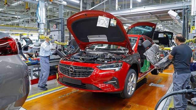 Aufbau: Neben dem Insignia fertigt Opel in Rüsselsheim bald auch die Modelle Astra und DS4