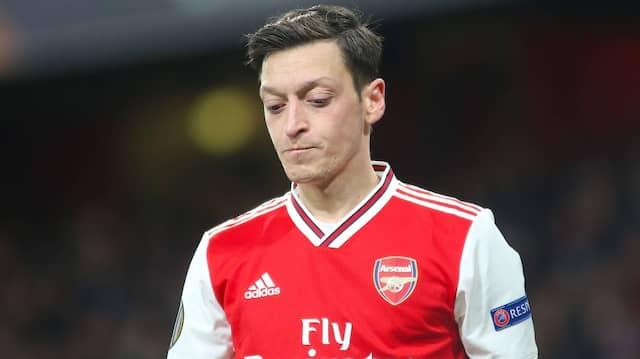 Bleibt er in London? Mesut Özil kommt derzeit nicht zum Einsatz.