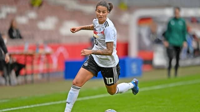 """""""Jetzt ist mehr Kampf und Defensivarbeit angesagt. Das tut mir ganz gut"""" – Fußballprofi Dzsenifer Marozsan"""