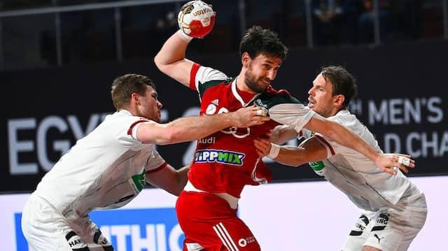Hält der Block? Die deutschen Handballer müssen in Spanien eine bessere Abwehr präsentieren.