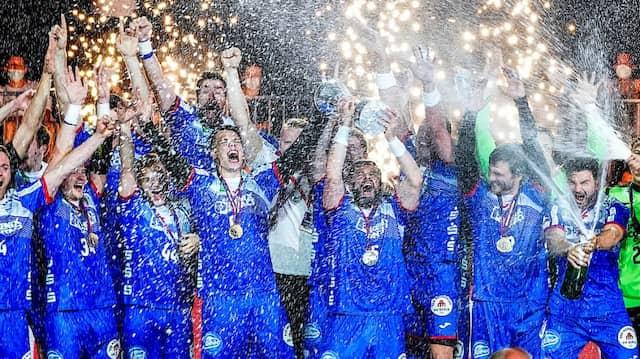 Unerwarteter Champion: Lemgo gewinnt den DHB-Pokal.