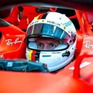 Überrundet von Sieger Hamilton: Sebastian Vettel hatte in Budapest nur wenig Freude.