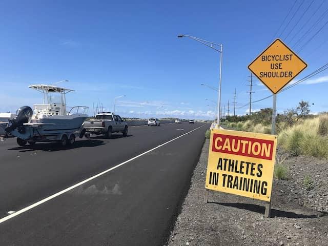 Vorsicht, trainierende Athleten! Einmal im Jahr herrscht besonderer Betrieb in Kailua-Kona.