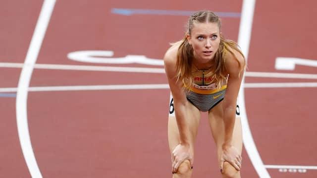 Trauriger Blick zur Anzeigetafel: Wie bei 800-Meter-Läuferin Katharina Trost endete für zu viele Leichtathleten das Abenteuer Olympia in Tokio