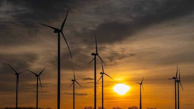 Windräder an Land erzeugten von Januar bis März mehr als die Hälfte des erneuerbaren Stroms.