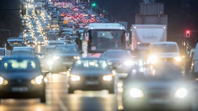 Ein zentrales Thema im Klimaplan ist die Zukunft des Autoverkehrs.
