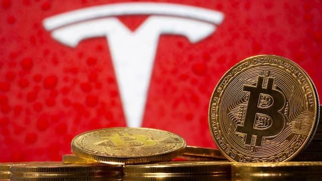 Her mit den Bitcoin!