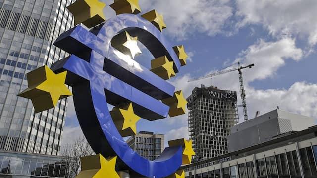 Devisen: Starker Euro nach Notenbank-Konferenz in Jackson
