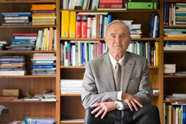 """""""Die EZB setzt ihre Glaubwürdigkeit und Unabhängigkeit aufs Spiel"""", sagt der ehemalige EZB-Chefvolkswirt Otmar Issing."""